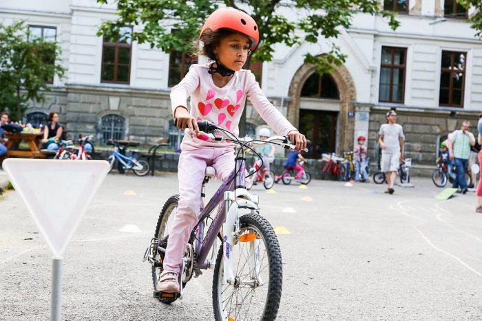 Kinderradkurs im 18 Bezirk_Foto Mobilitätsagentur Wien Christian Fürthner