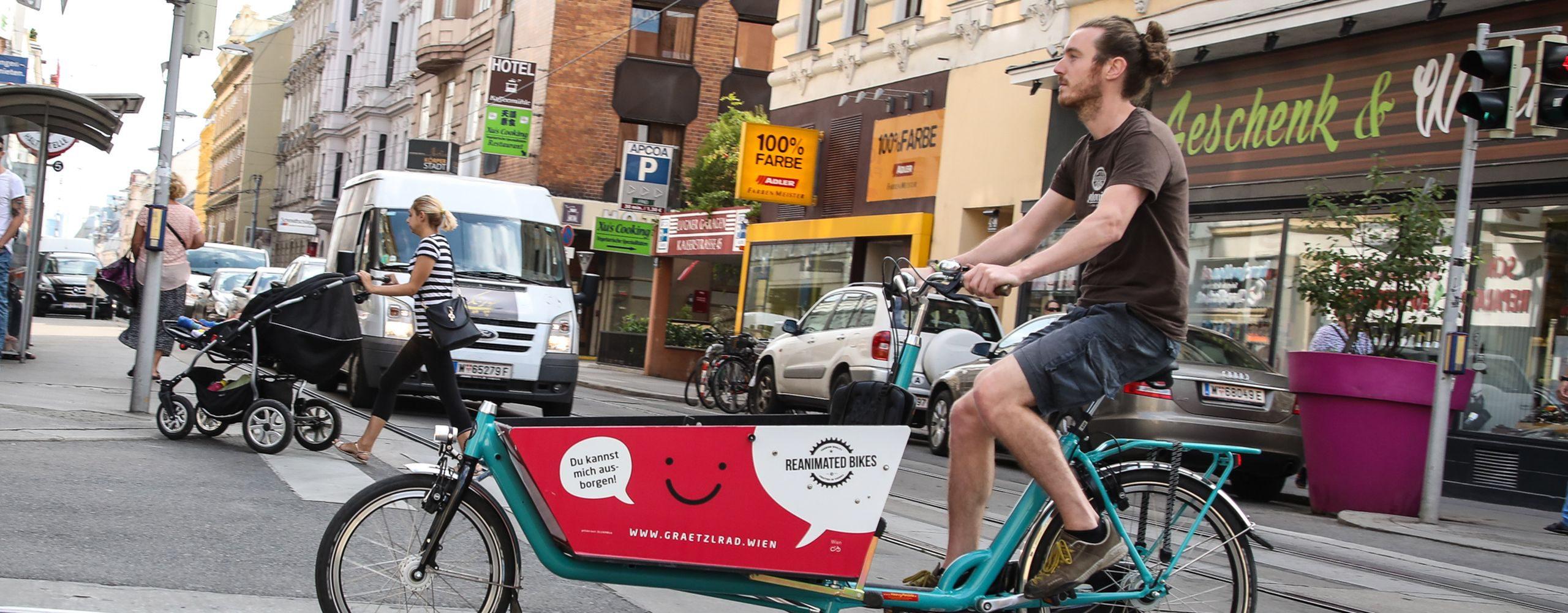 Grätzelräder sind Transportfahrräder die man sich kostenlos ausborgen kann. In Wien gibt es im Jahr 2018 14 Grätzlräder an 13 Standorten. Foto: Christian Fürthner